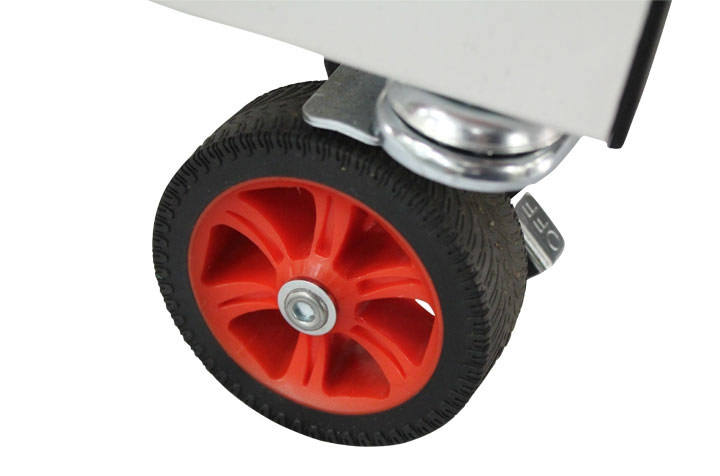 "It has 3"" caster wheels"